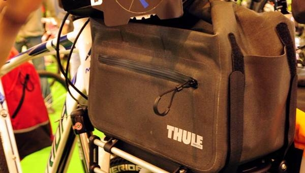 Thule Pack and Pedal Trunk táska