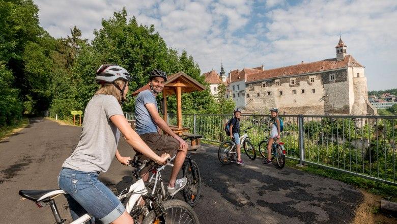 Raabs vára a Thayakör mentén Forrás: (c) Waldviertel Tourismus, ishootpeople.at