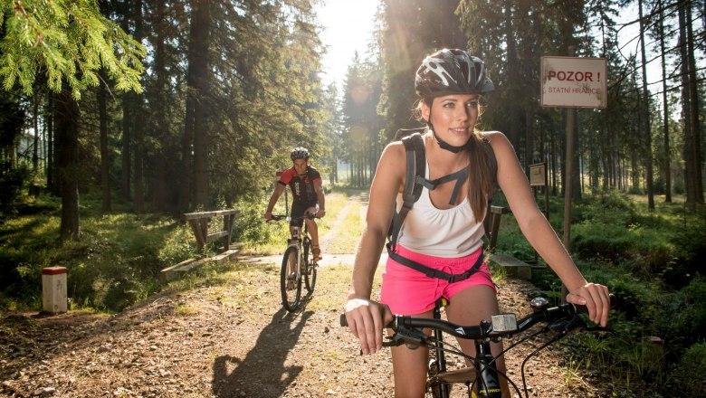 Kerékpározás a Vasfüggöny útvonalán Forrás: © Waldviertel Tourismus, ishootpeople.at